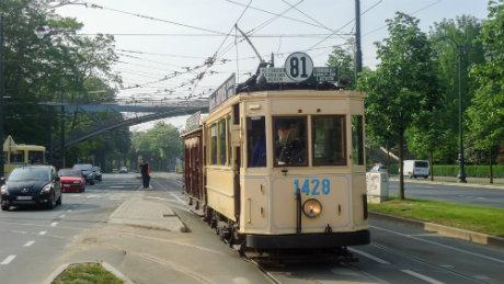 Visite en vieux tram dans Bruxelles