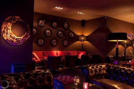 Skylab bar lounge cocktail