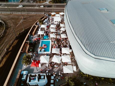 Vue aérienne du rooftop Docks Dome à Bruxelles
