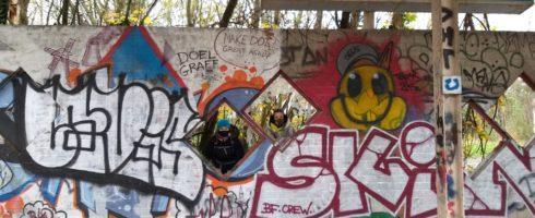 street art sur la station service abandonnée de Doel
